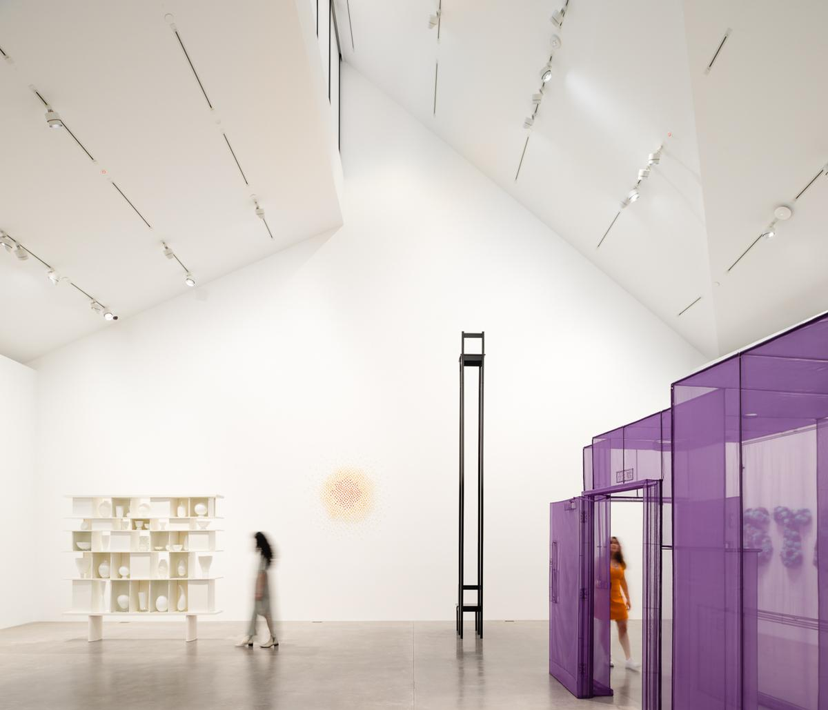There are three main gallery spaces inside the building / Mark Menjivar