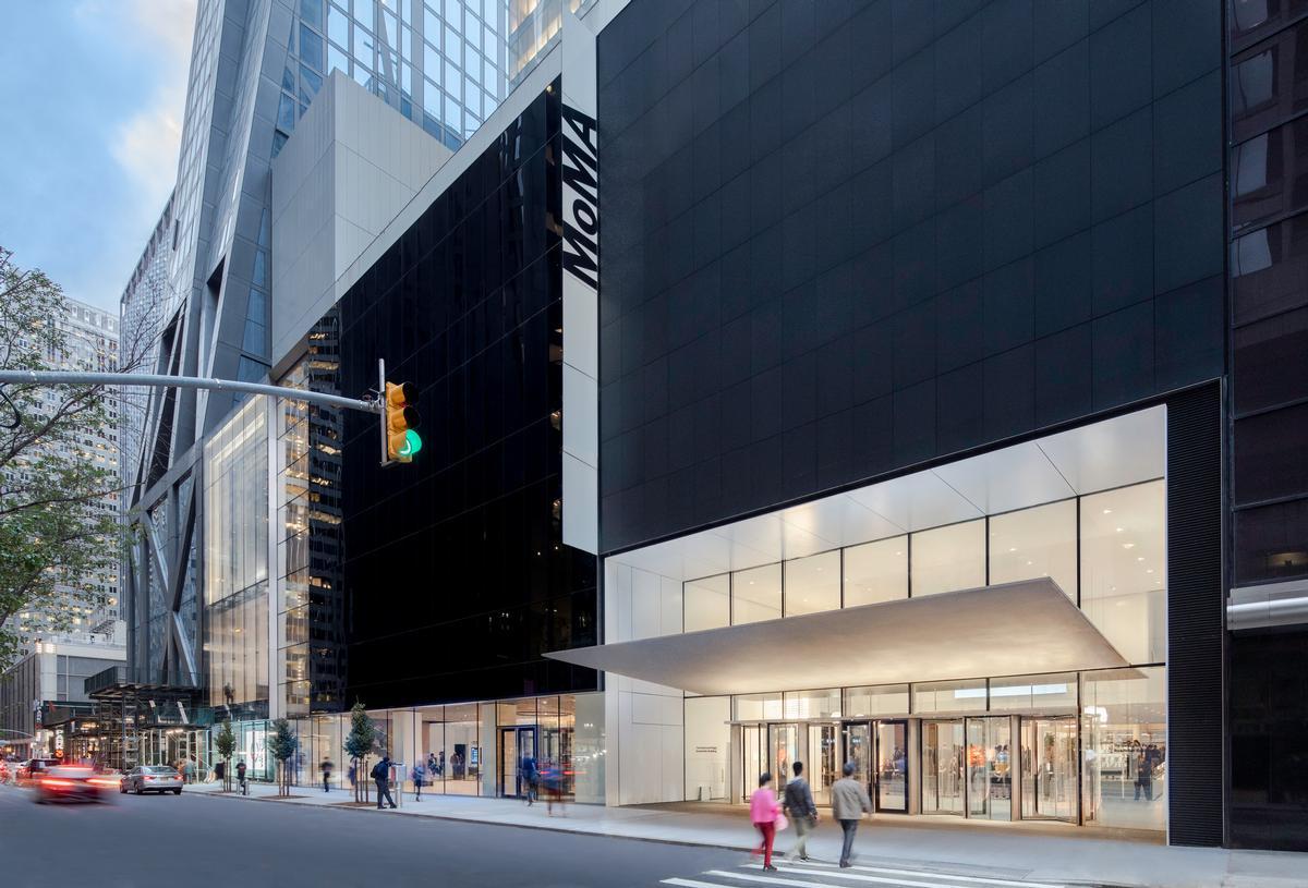 MoMA's footprint has increased to 708,000sq ft (66,000sq m) / Brett Beyer