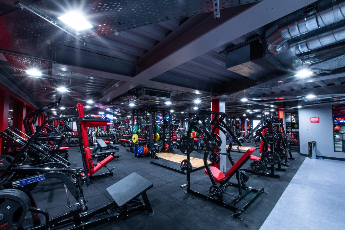 There is a strength and conditioning section / UFC Gym