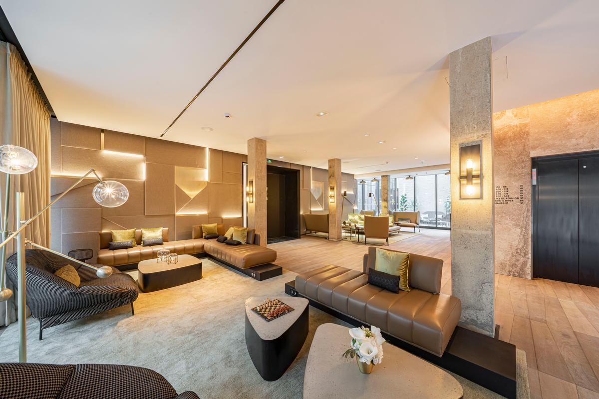 Julie Fuillet Studio's interior design uses a colour palette of gold, green and natural tones / Naiim de la Lisière