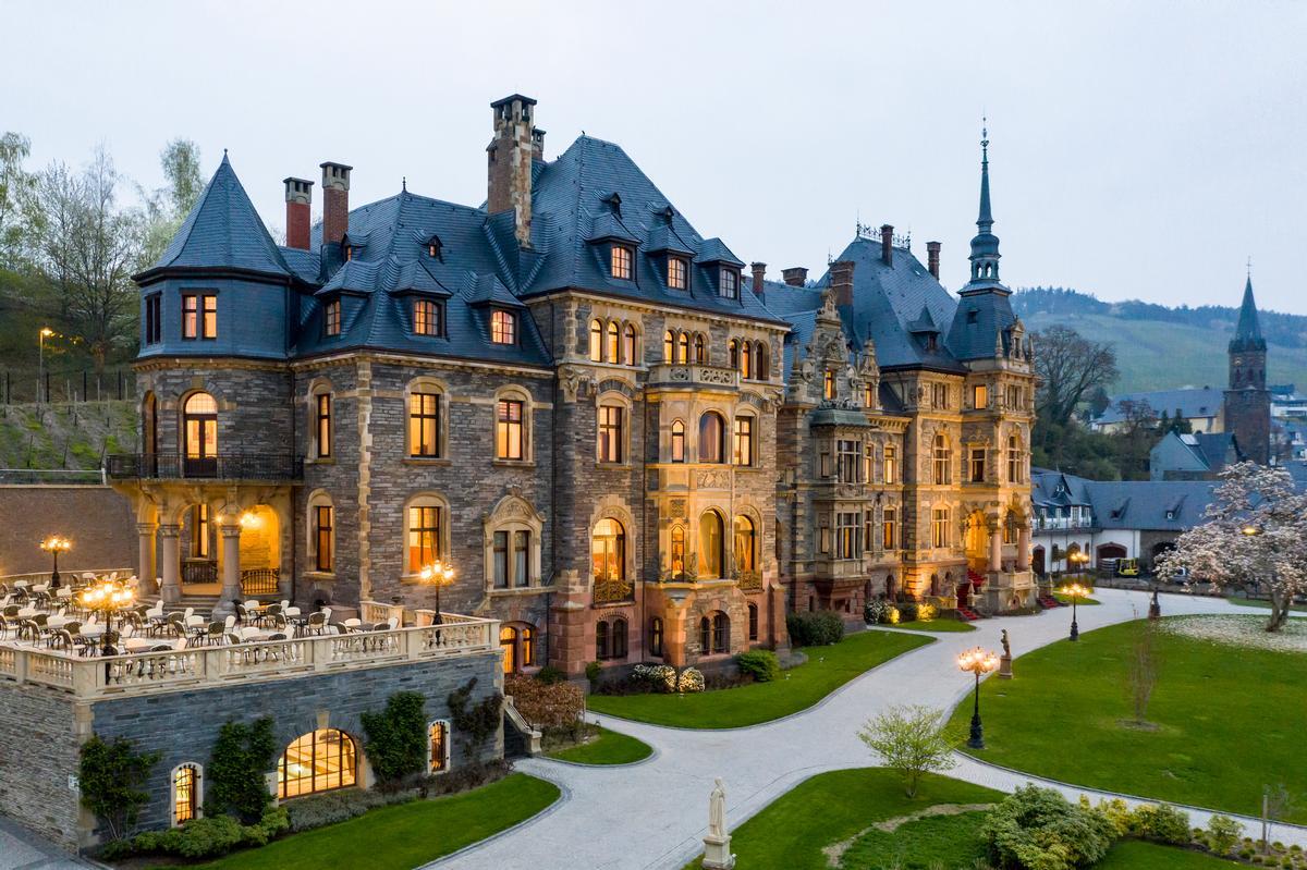Schloss Lieser is a Neo-Renaissance-style castle with later Art Nouveau additions / Filipe Wiens