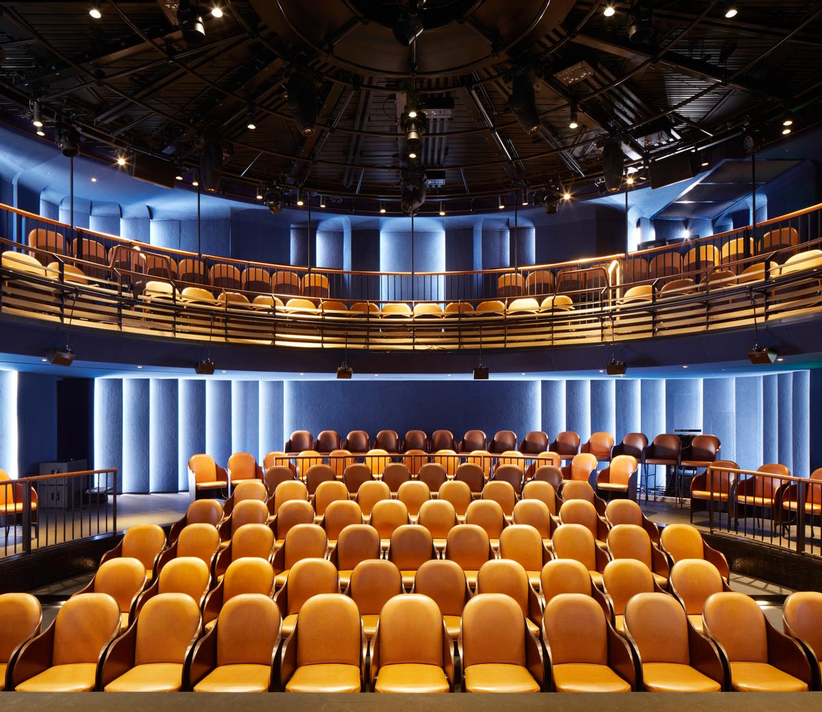 The cylindrical auditorium was developed with theatre specialists Charcoalblue / SODA Studio
