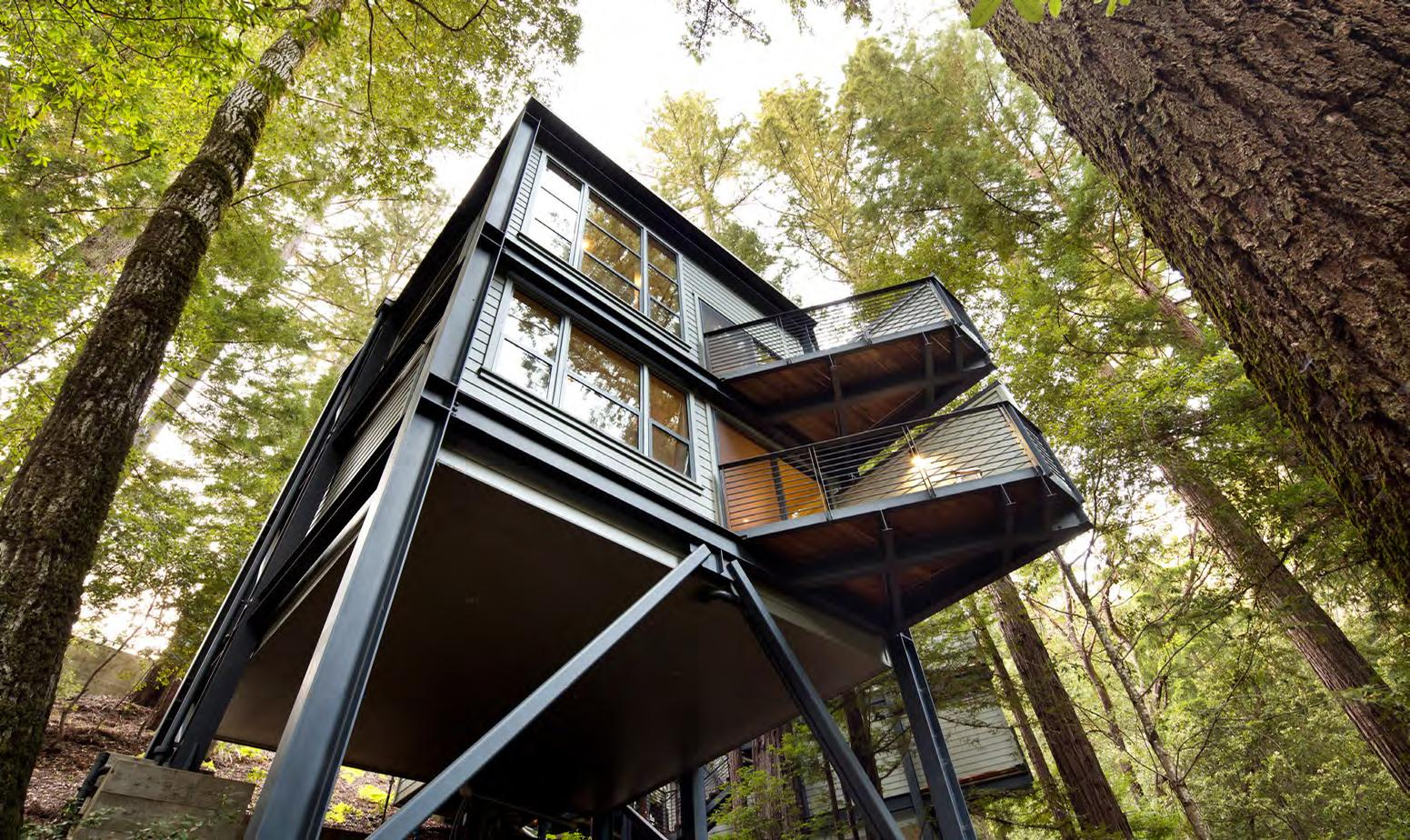 Formerly Stillheart Institute, Canyon Ranch Wellness Retreat – Woodside has been reimagined by Cole Martinez Curtis & Associates, and includes 14 bedrooms in the main lodge and 24 bedrooms in standalone luxury treehouses / Canyon Ranch