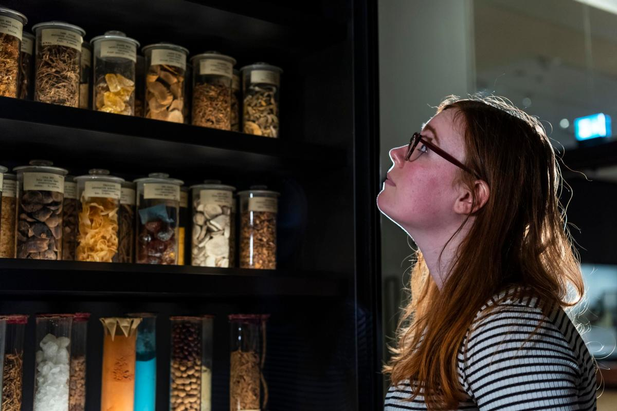 Visitors can browse through some 3,000 medical artifacts / Science Museum Group