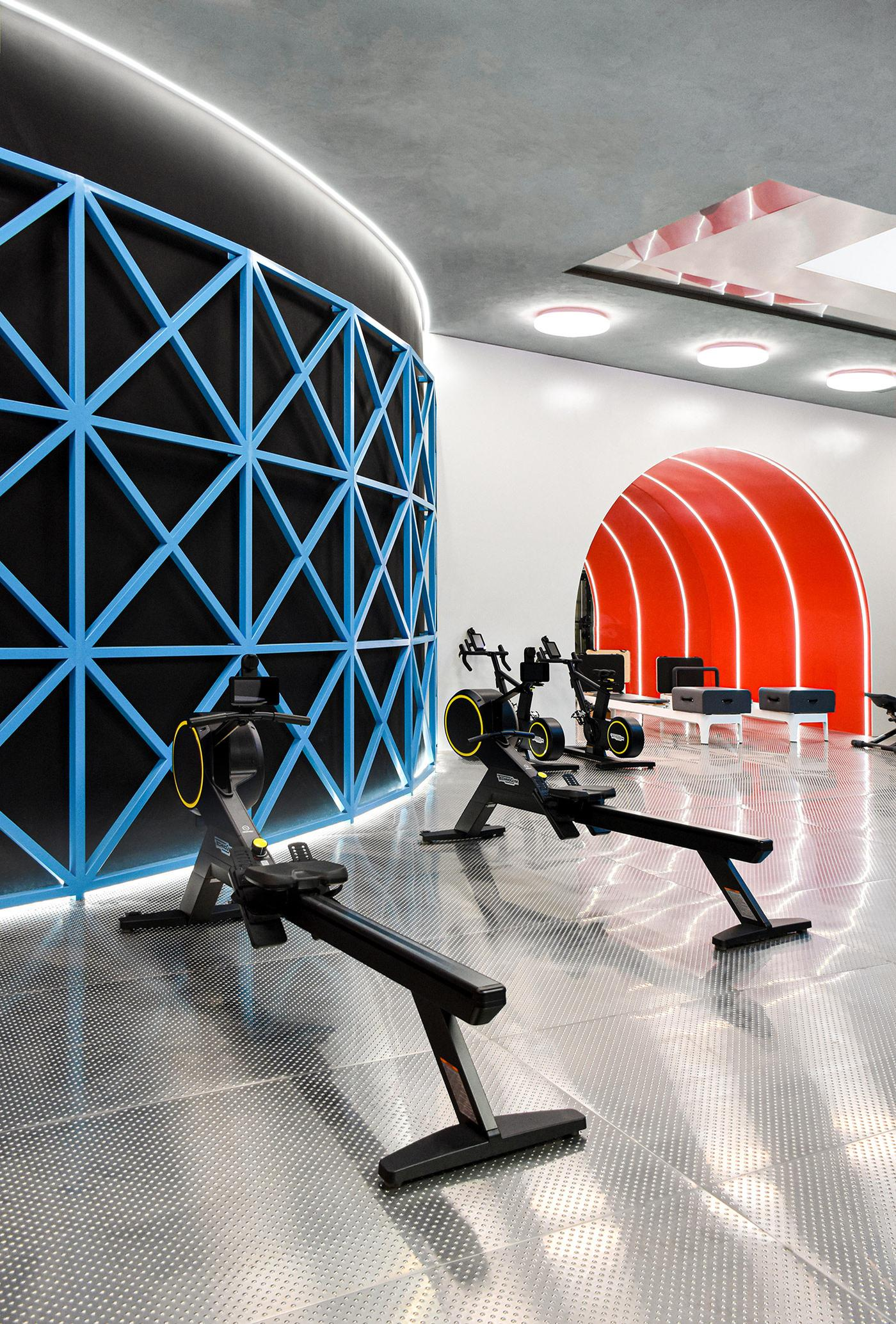 There is a conventional training area with Technogym equipment