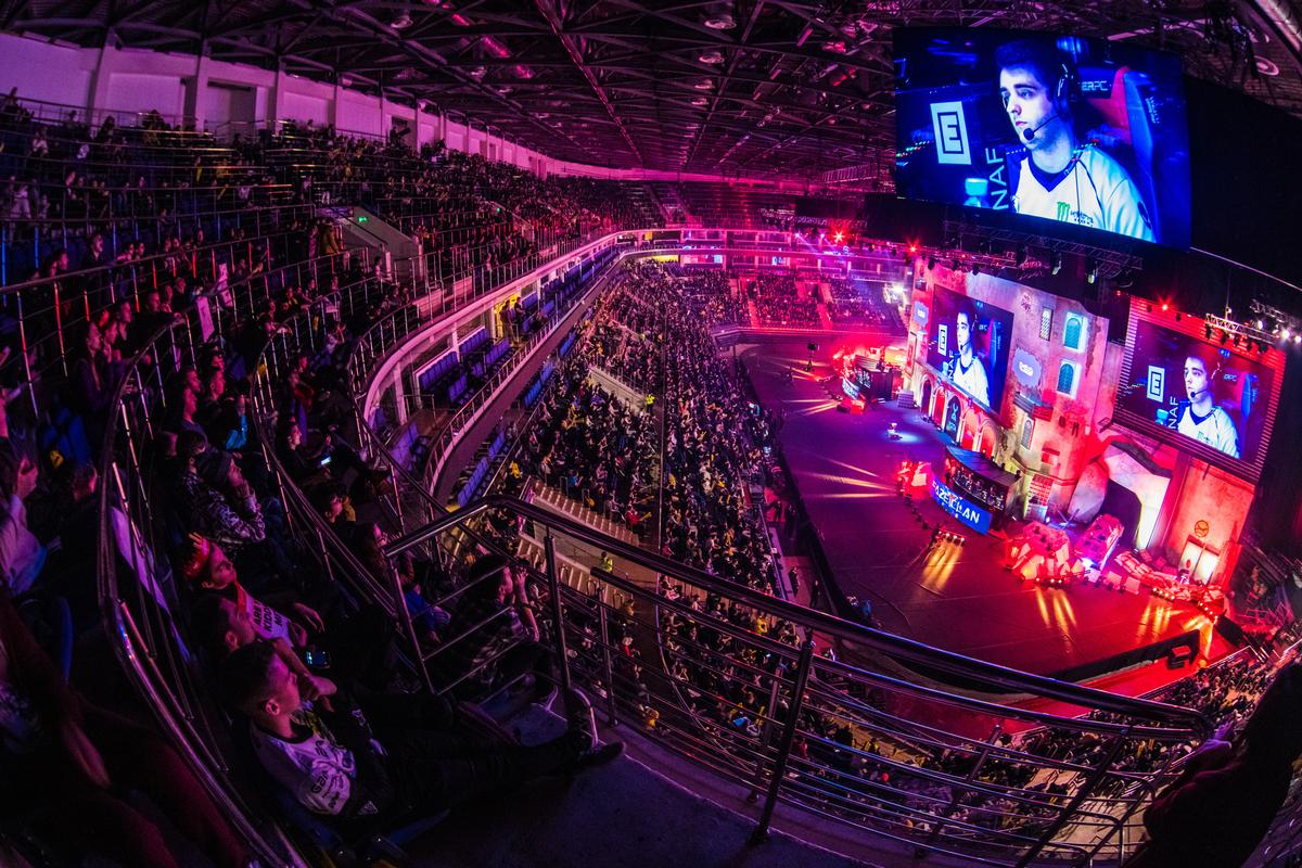 The areas in which the executives feel esports is now most challenging mainstream sport is on digital media and livestream viewing options, as well as increased competition for viewership / Shutterstock