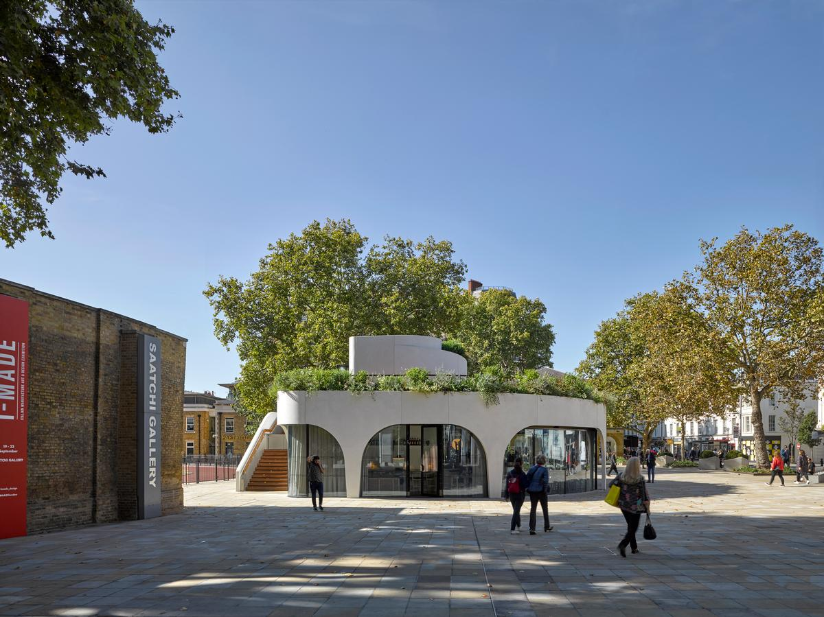 Large arches around the outside give the structure a pergola-like form / James Brittain