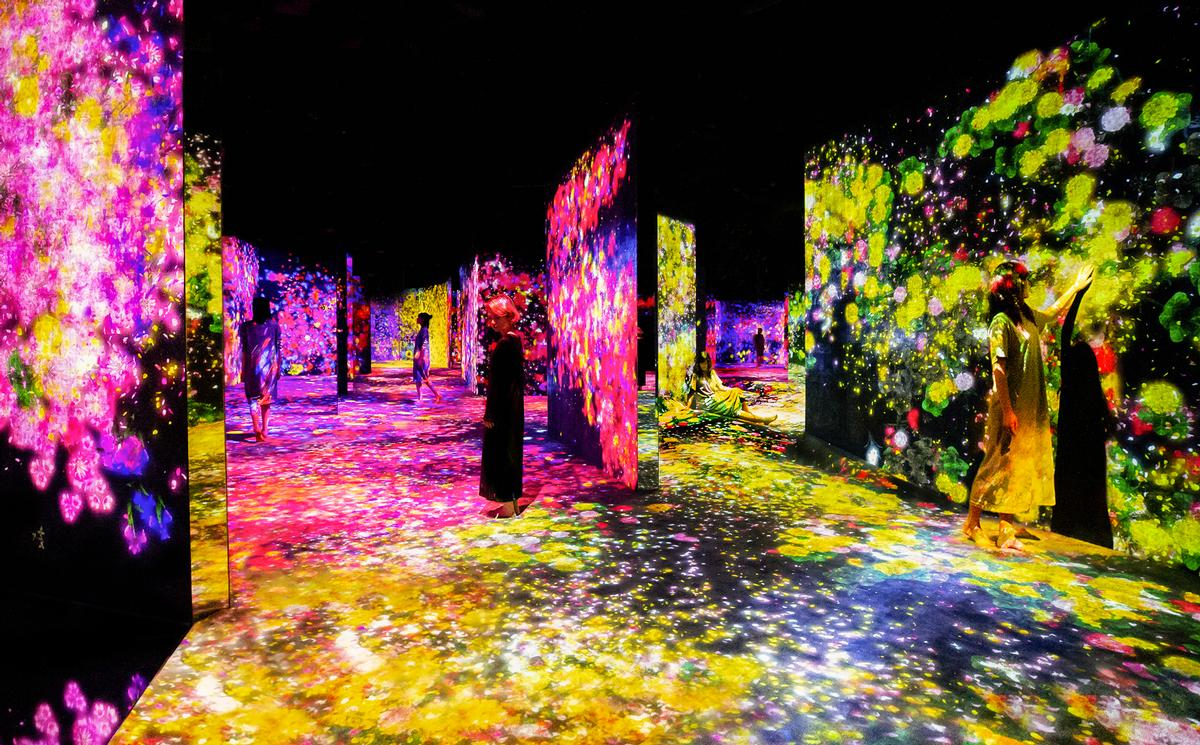 The museum houses approximately 50 artworks / Exhibition view of teamLab Borderless Shanghai, 2019, Shanghai © teamLab, teamLab is represented by Pace Gallery