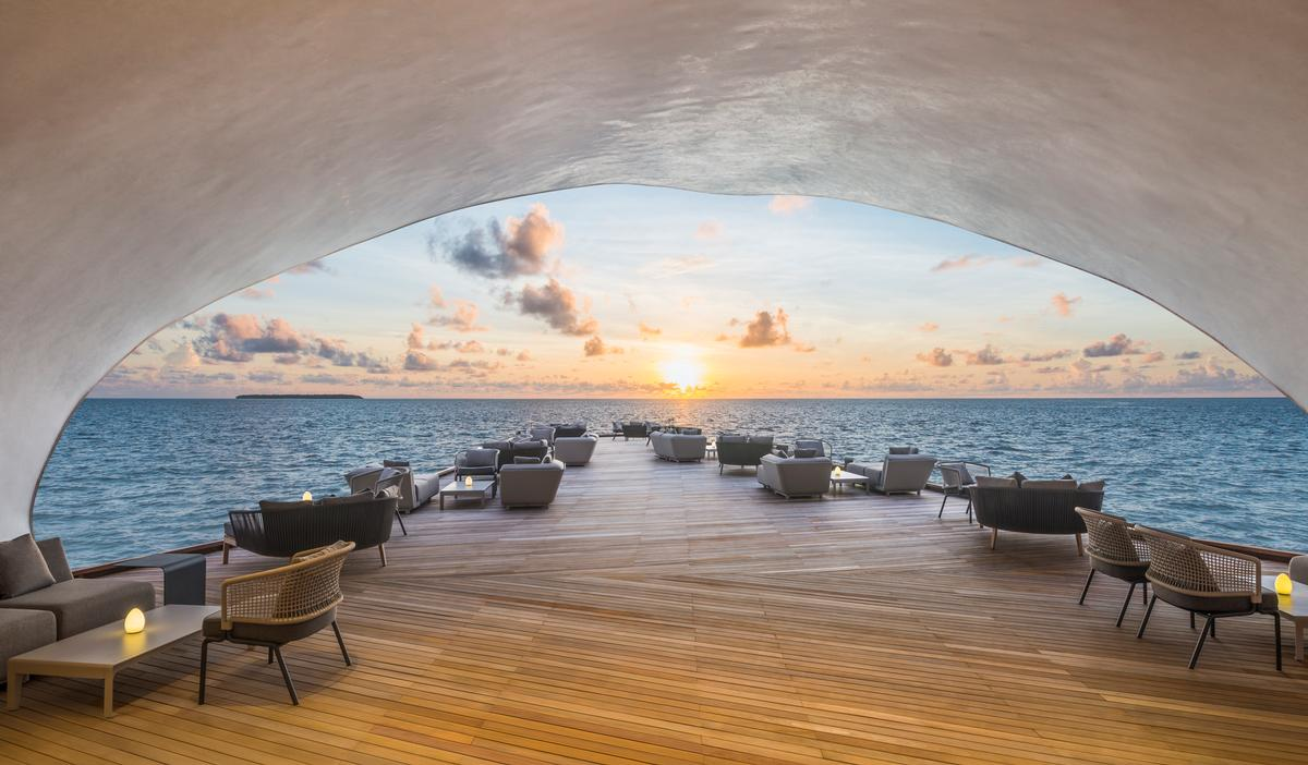 St. Regis Maldives Vommuli, has partnered with five wellness experts to create a visiting practitioner series.