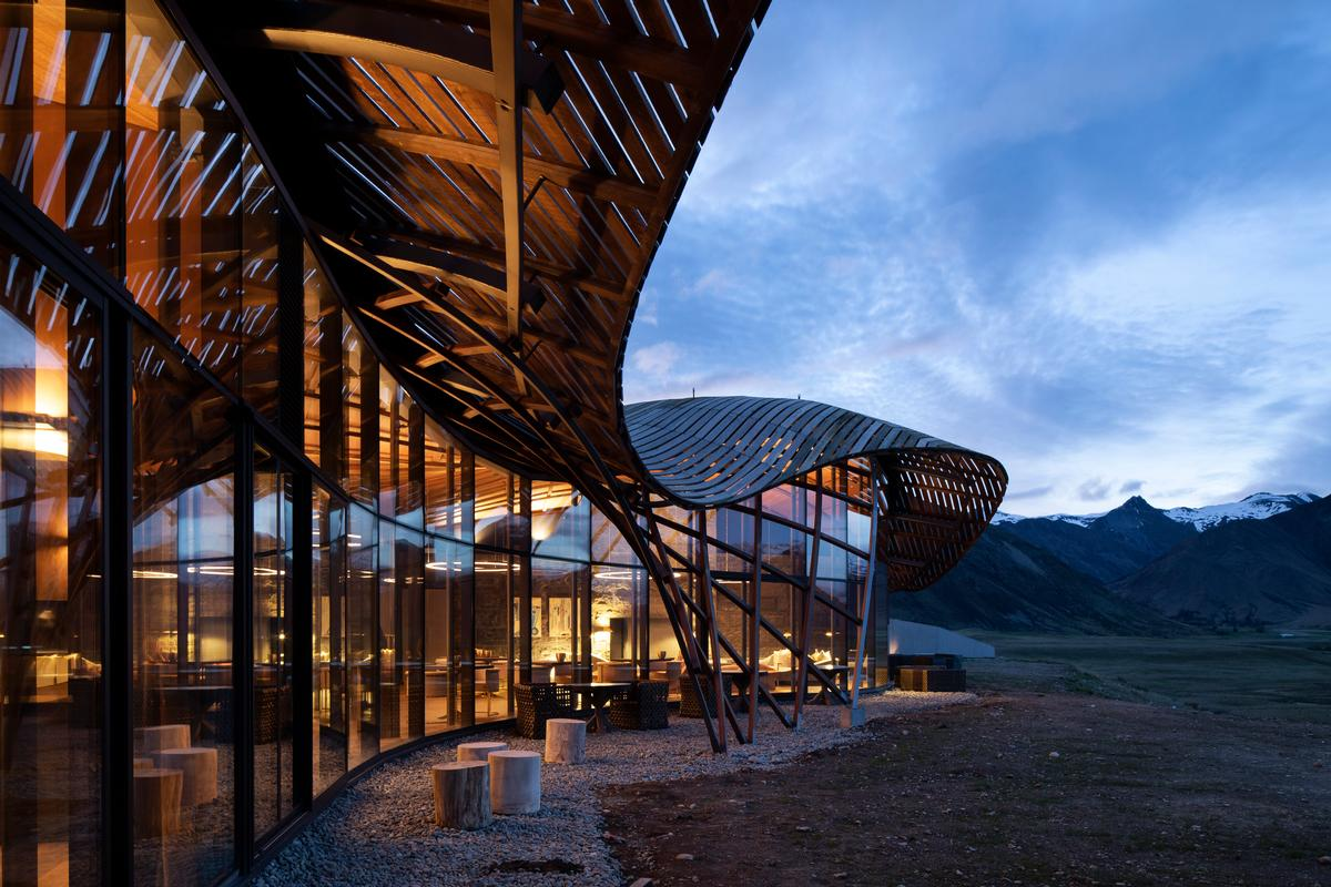 Lindis Lodge by Architecture Workshop / Patrick Reynolds Photography