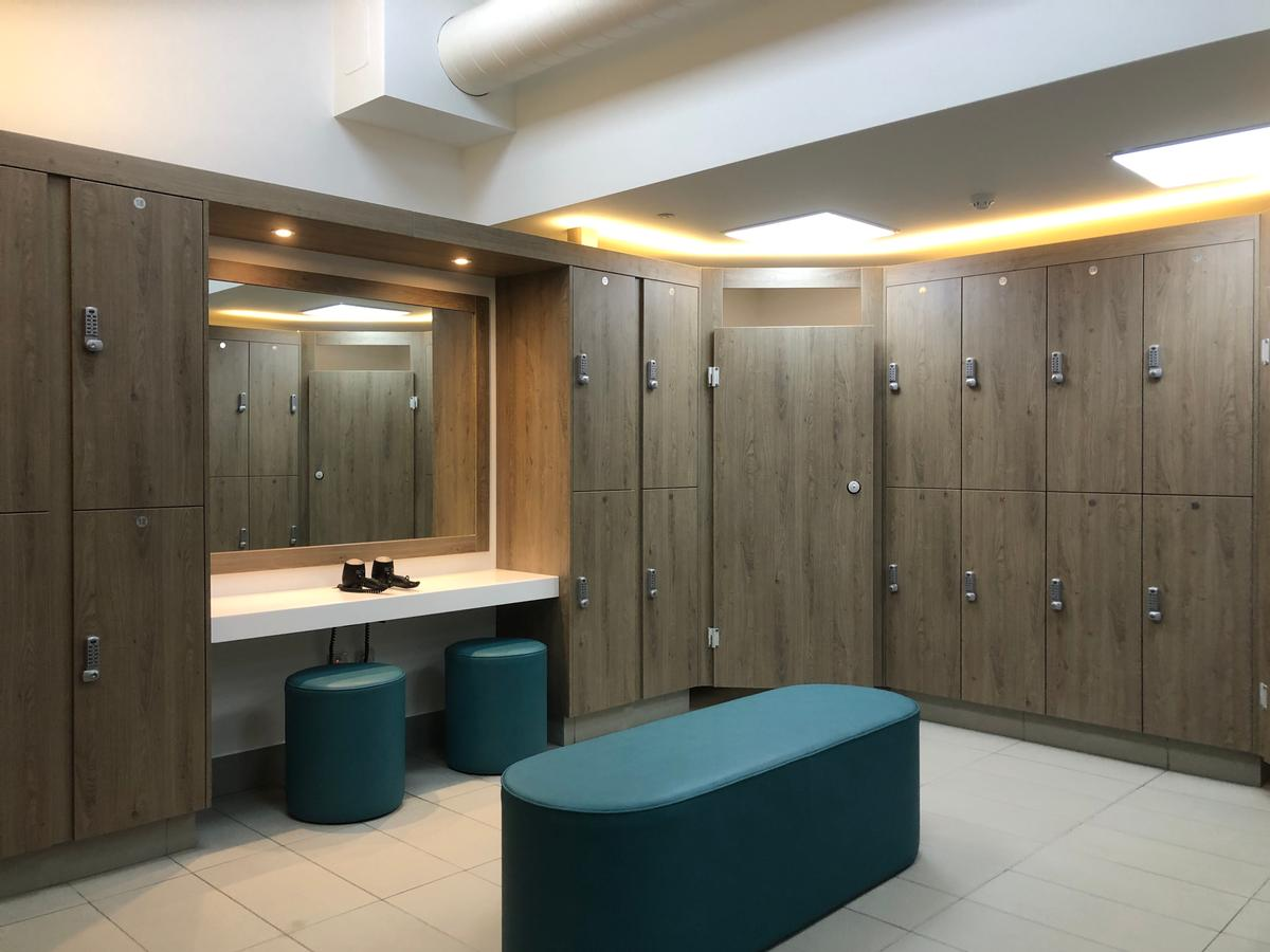 Crown Sports Lockers fitted out the new female changing rooms at the Whalesborough Cottages and Spa in Bude, Cornwall