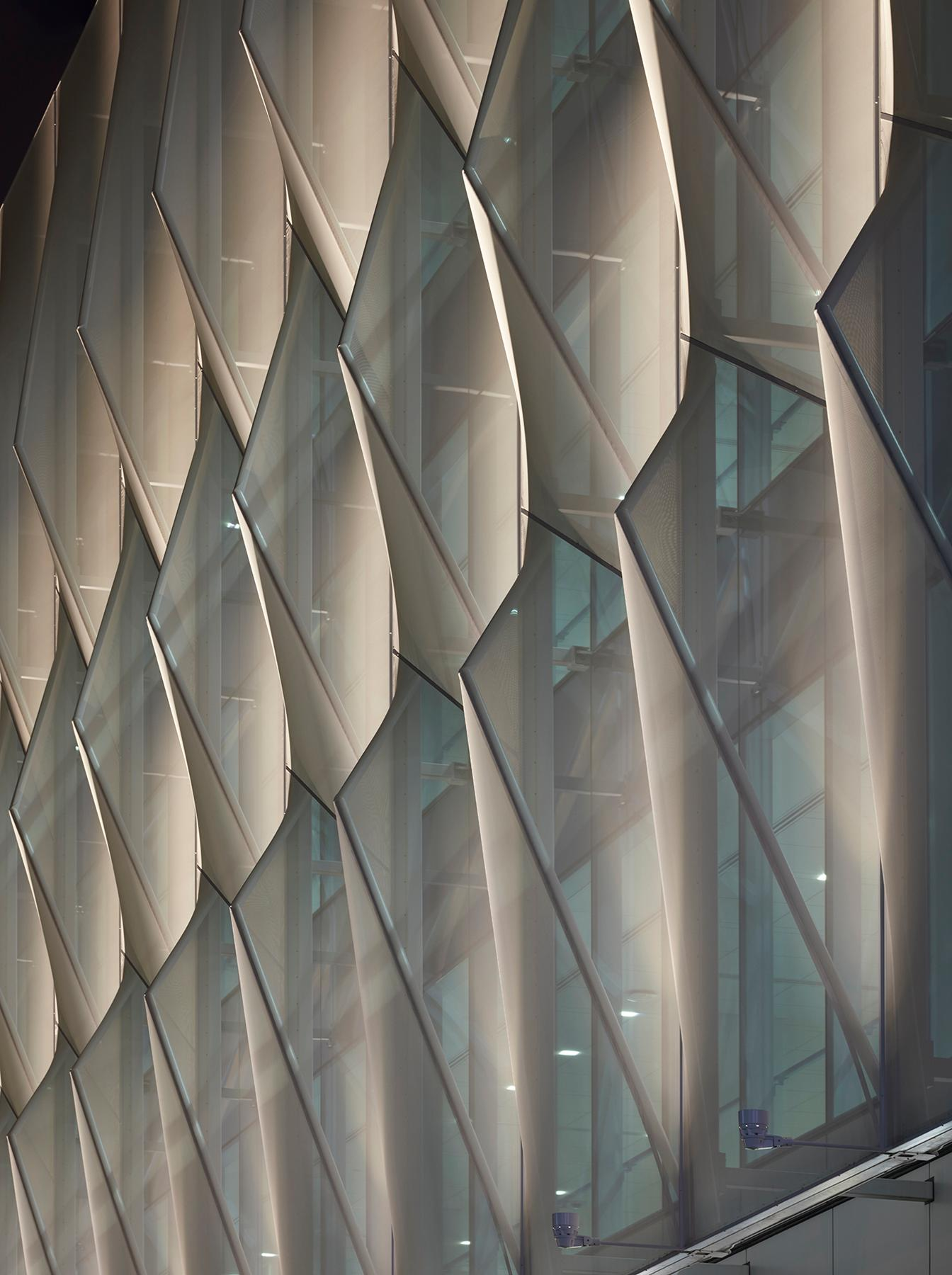 The façade is optimised for the people with optical nerve damage that used the building / Mark Herboth