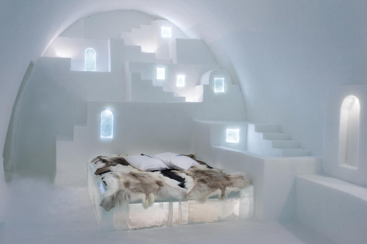 Art Suite White Santorini | Design Haemee Han Jae & Yual Lee / Asaf Kliger / Icehotel