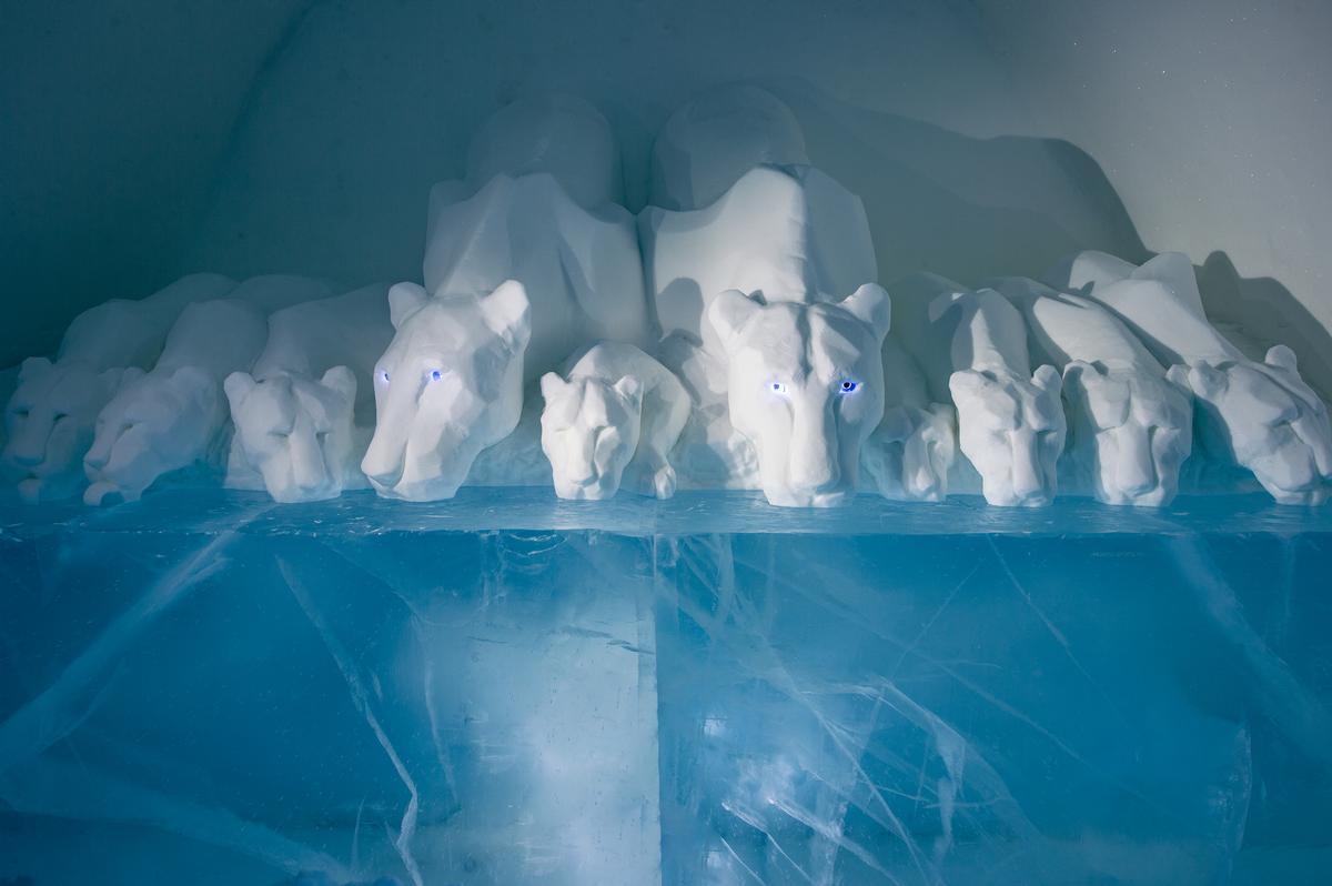 Art Suite Clear Water | Design AnnaSofia Mååg & Niklas Bygman / Asaf Kliger / Icehotel