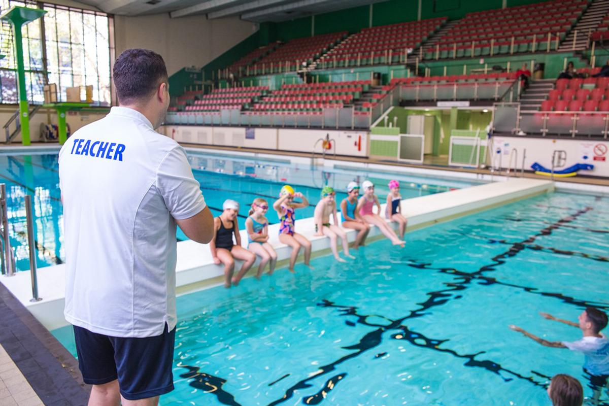 The extension is part of an on-going effort to attract more swimming teachers into the leisure industry and bridge the skills gap / STA