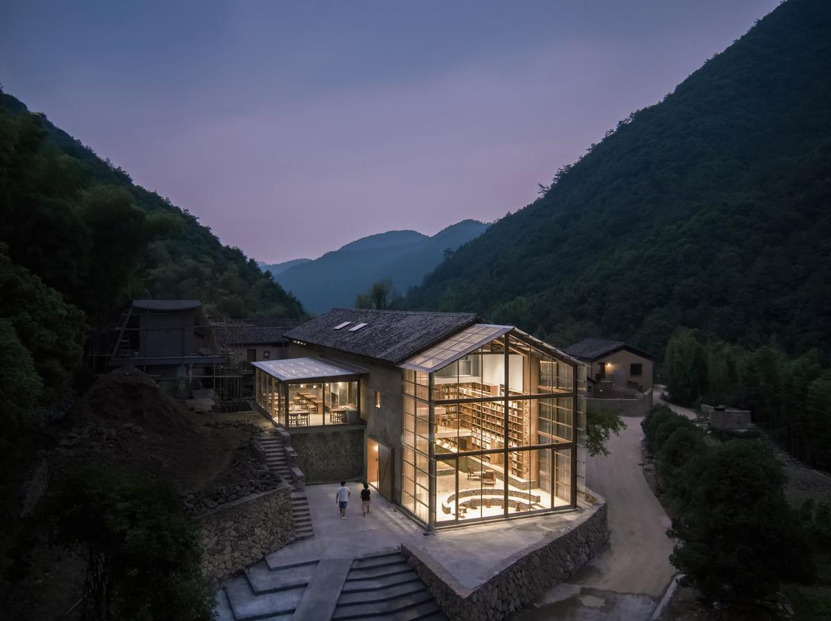 Atelier Tao+C create stunning capsule hotel and library in old Chinese building