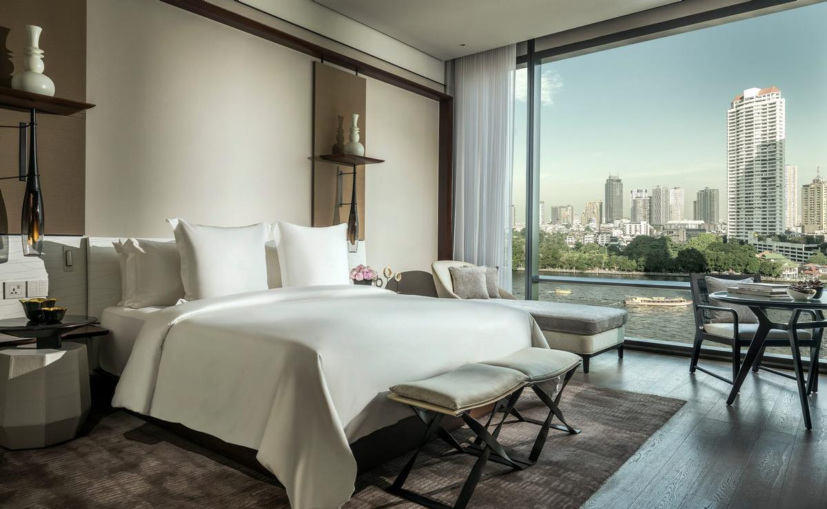 The Hotel will offer 299 guest rooms and suites / Four Seasons
