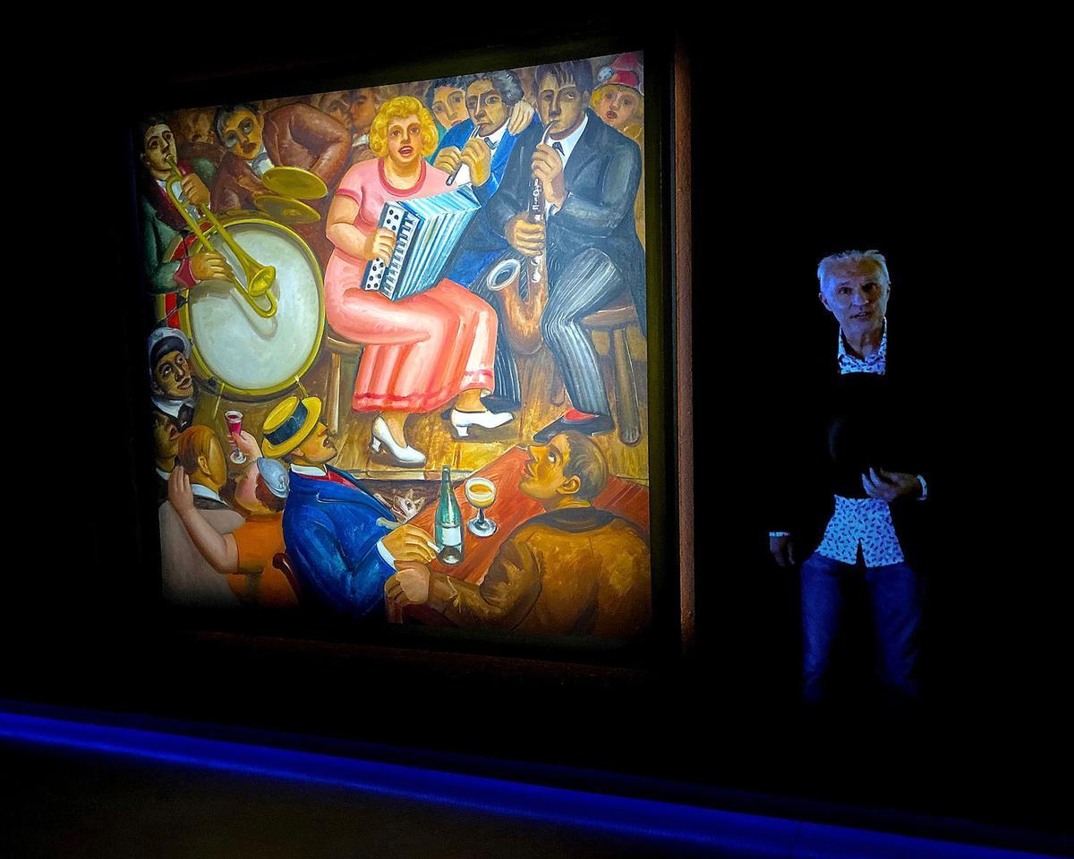 Het Kunstuur was developed by art collectors Hans and Joost Bourlon