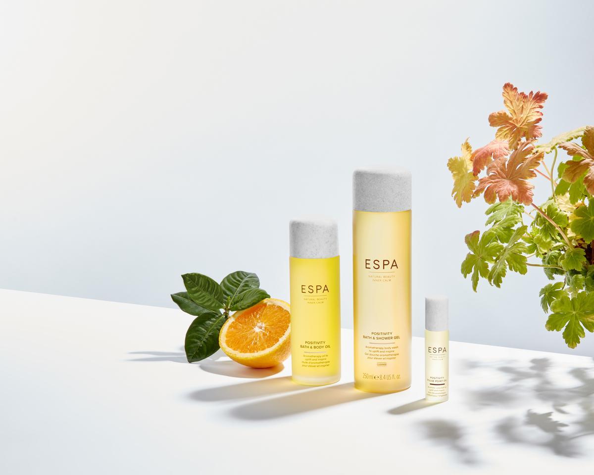 The Positivity blend contains a 'harmonious' blend of jasmine, gardenia and rose geranium to uplift, while bergamot and sweet orange essential oils enhance mood