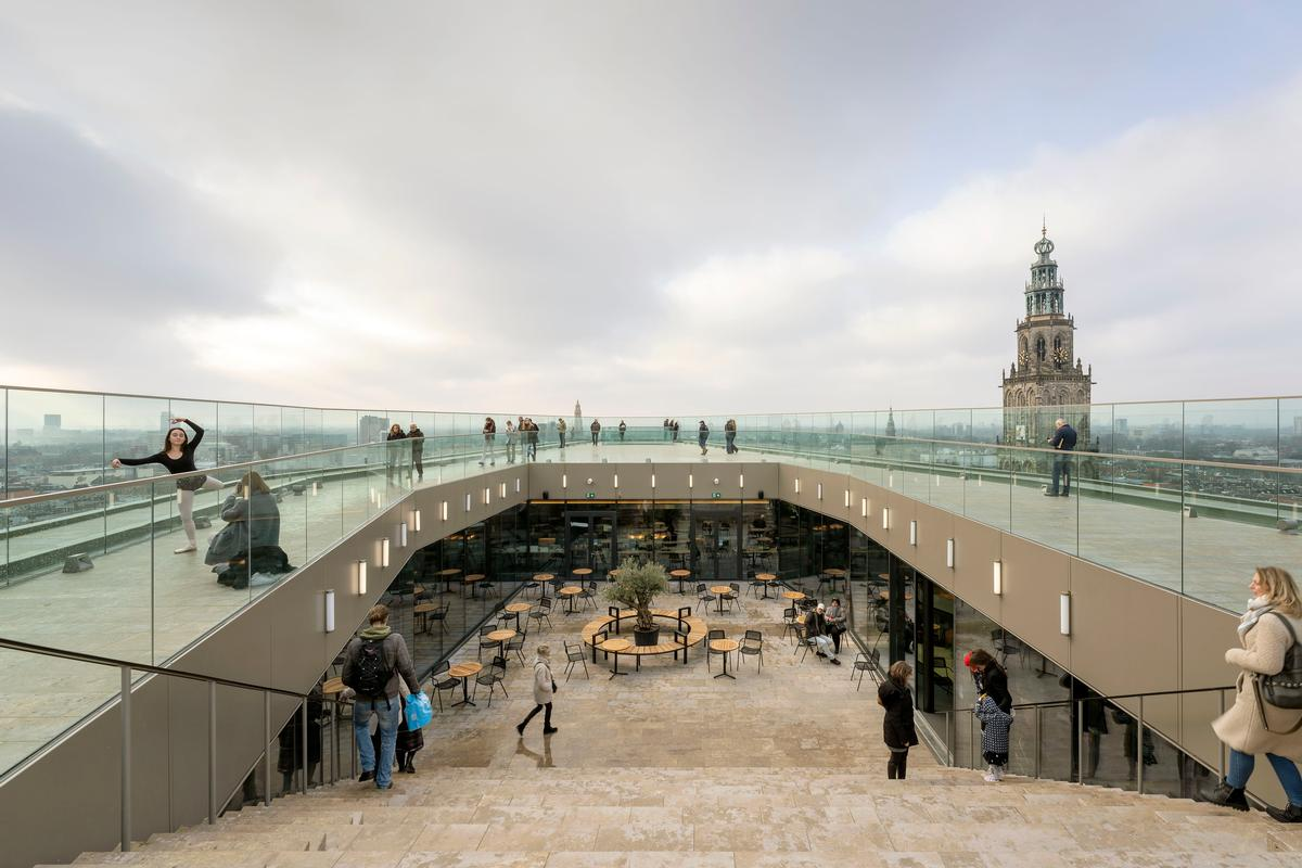 The roof terrace provides panoramic views out of over the city / Marcel van der Burg