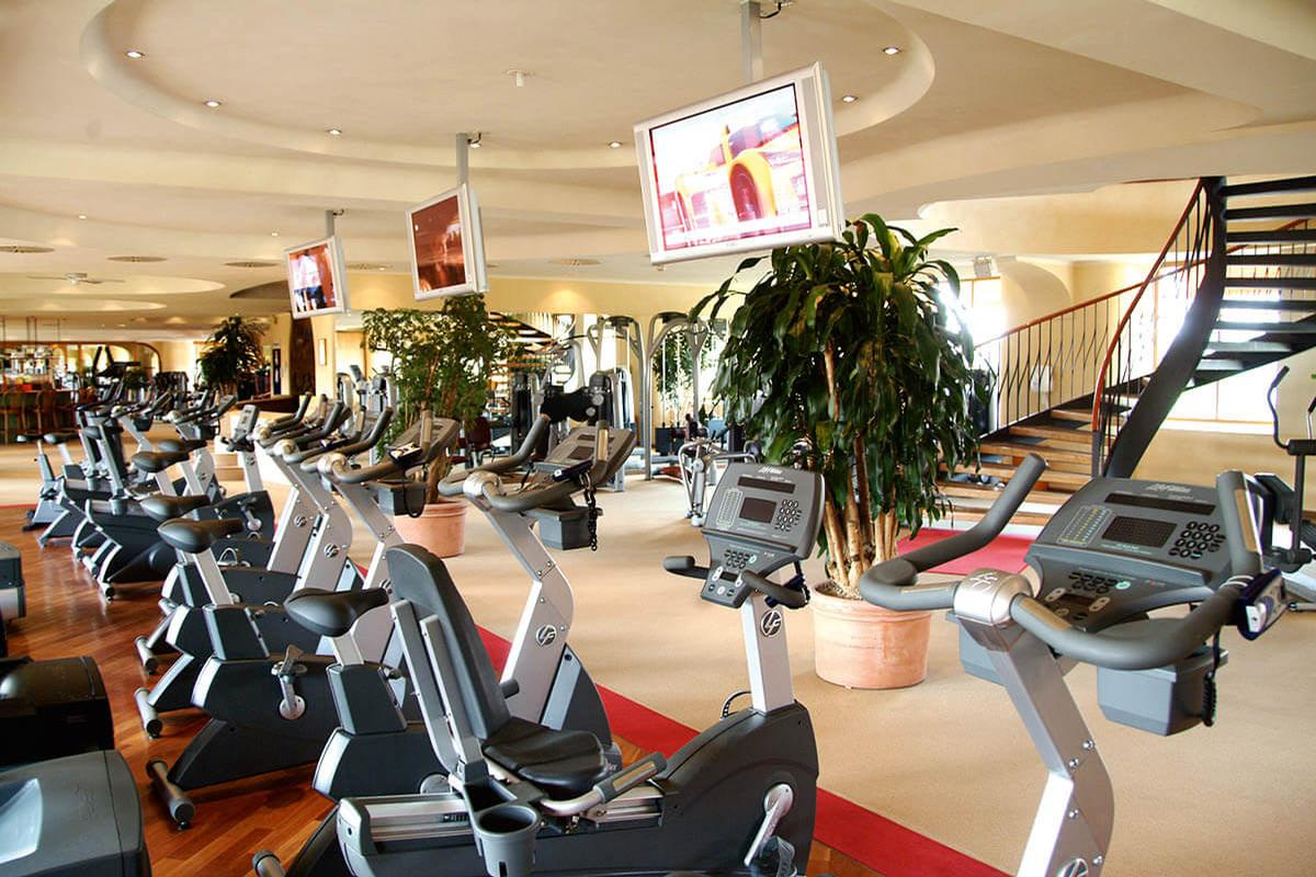 Hamburg Meridian operates eight premium health and spa clubs in Germany / Hamburg Meridian