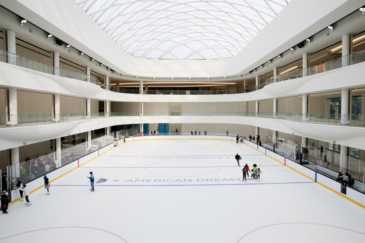 The complex houses an NHL-sized ice-skating rink / Angela Pham, courtesy of American Dream