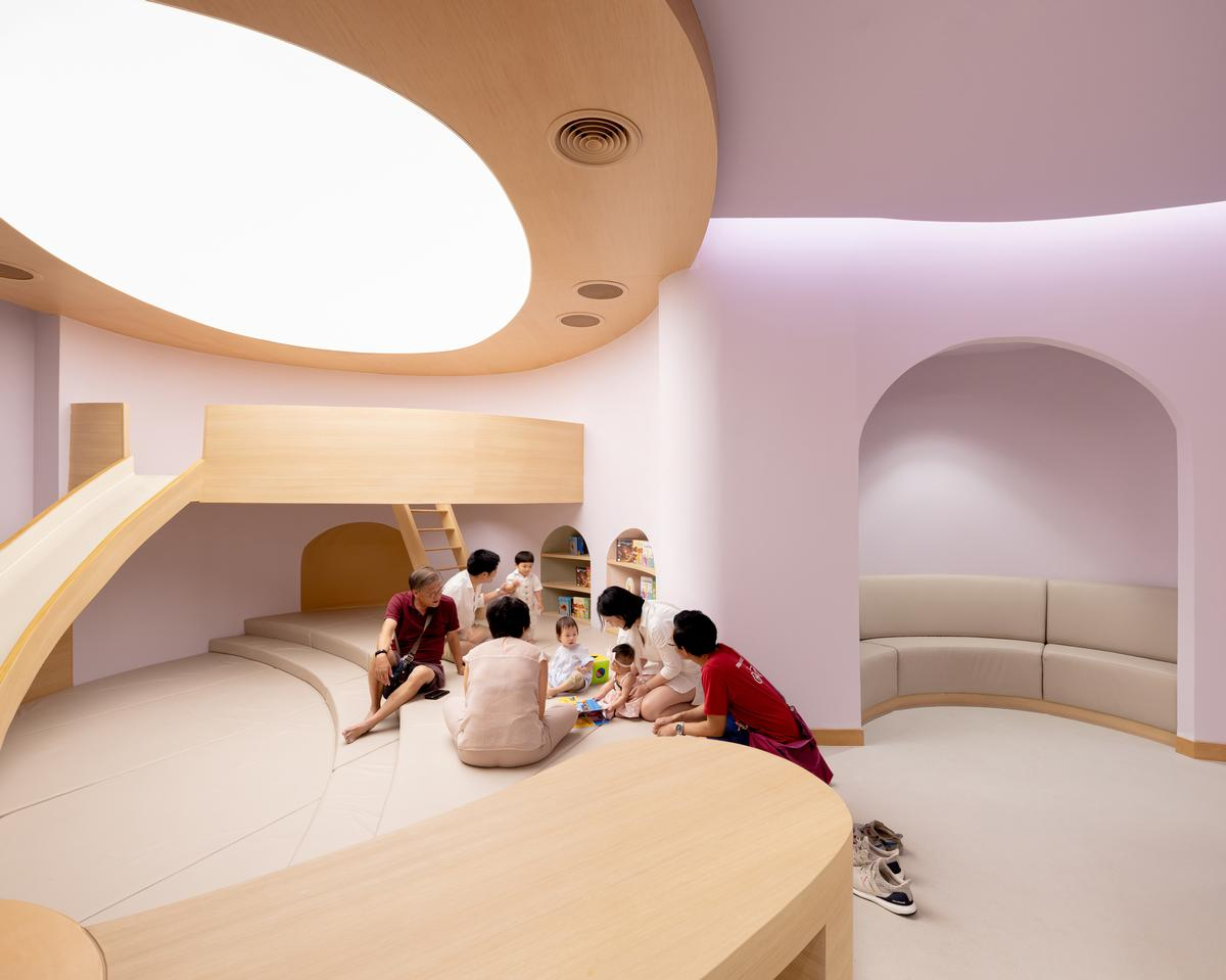 All of the hospital's waiting areas are designed as playgrounds / Ketsiree Wongwan