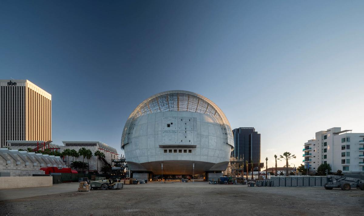 It will cover 300,000sq ft (91,440sq m) and be split across six floors / Renzo Piano Building Workshop