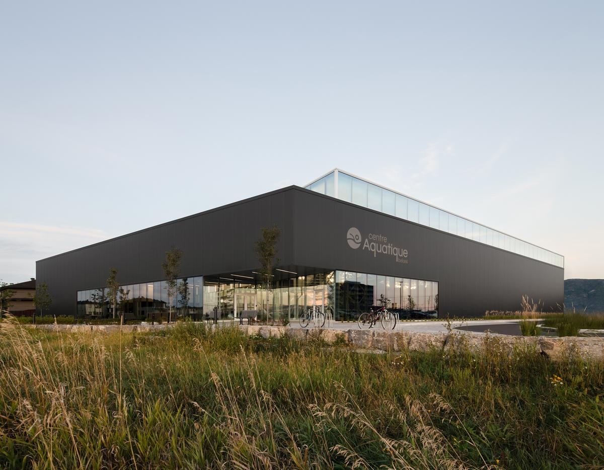 The centre covers an area of 55,000sq ft (5,100sq m) / David Boyer