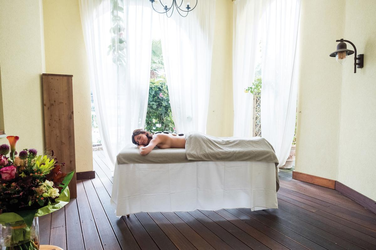 The programme features daily Kneipp experiences, both Kalari and Colour Healing massages and Anmo Tuina sessions