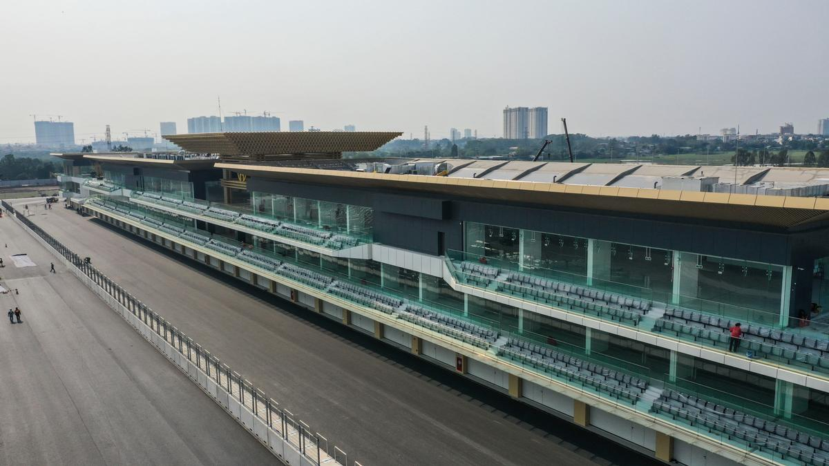 The completion of the circuit following the recent completion of its 300m (984-ft)-long pit building