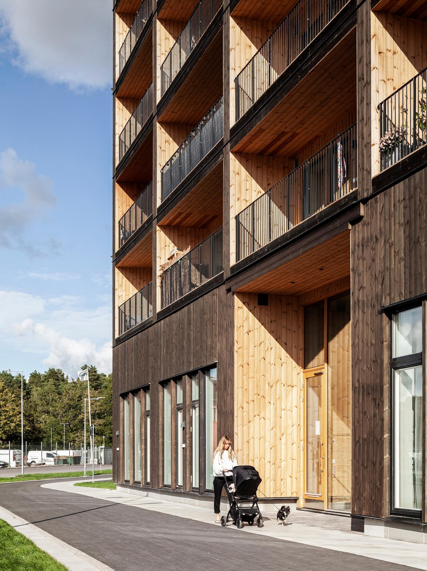 All parts of the building, including its walls, beams, balconies, lifts and stairwells, are made of cross-laminated timber / Nikolaj Jakobsen