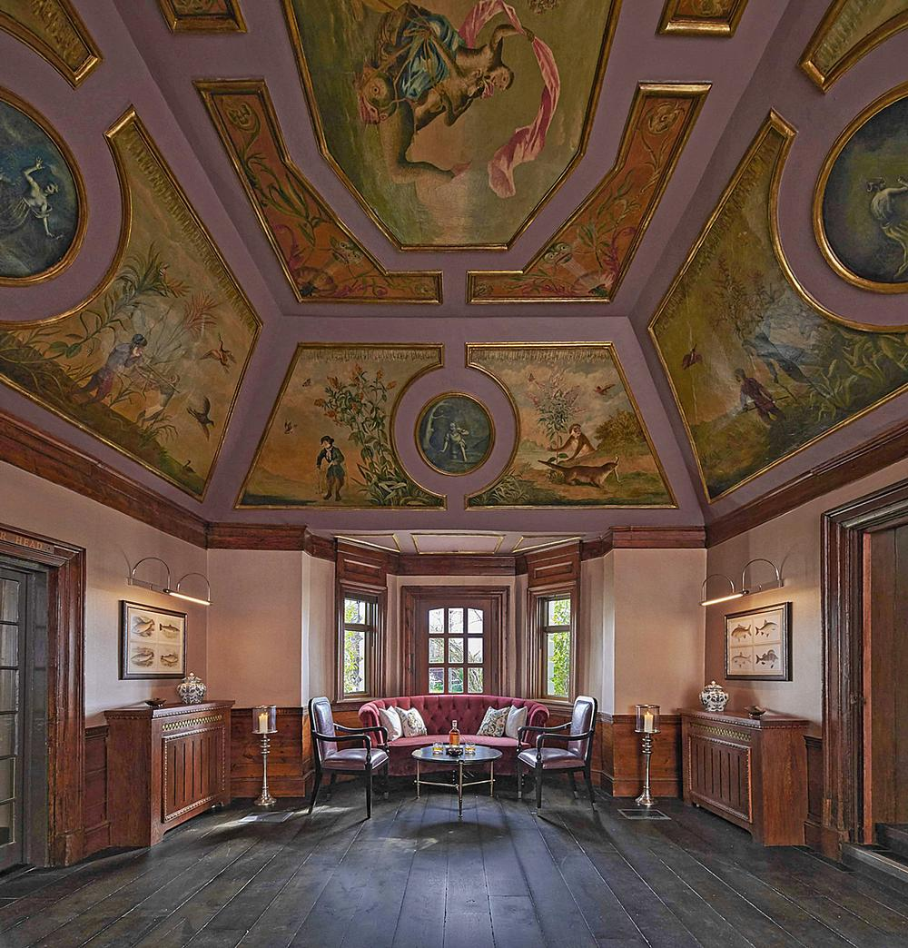 18th century frescoes in the Monkey Room