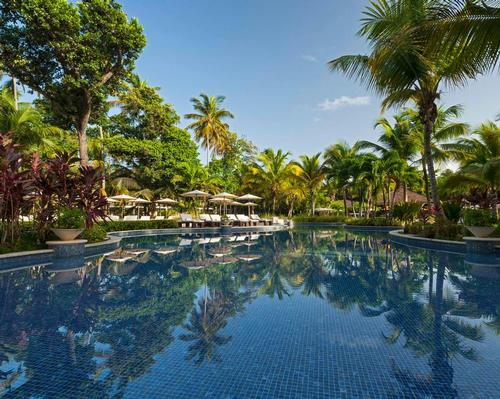 The resort was designed by Puerto Rican designer Nono Maldonado together with Hirsch Bedner Associates of San Francisco, and has been inspired by the surrounding sea, sand and foliage