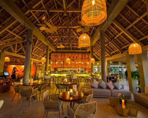 The seaside restaurant features a wide-ranging menu of Asian and Mediterranean dishes. / Courtesy of Sun Resorts