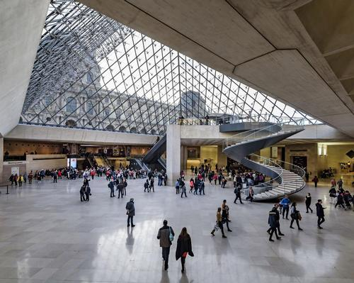 Louvre claims 'world record' visitor number for museums