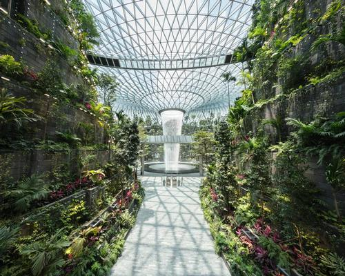 Moshe Safdie recently said that his design was partly inspired by the surrealistic landscapes depicted in James Cameron's science-fiction film, <i>Avatar</i>. / Courtesy of Jewel Changi Airport