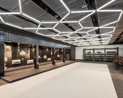 The 771 sq m space invites gym-goers to partake in a