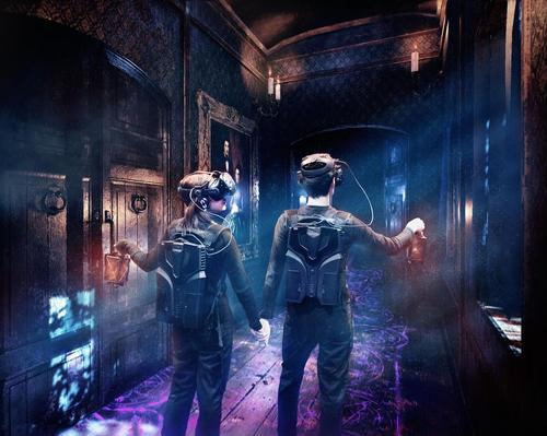 Tyffoniums combine VR technology and multi-sensory effects in a physical environment