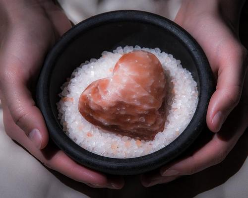 Saltability creates eco-friendly Himalayan salt stone treatments for spas