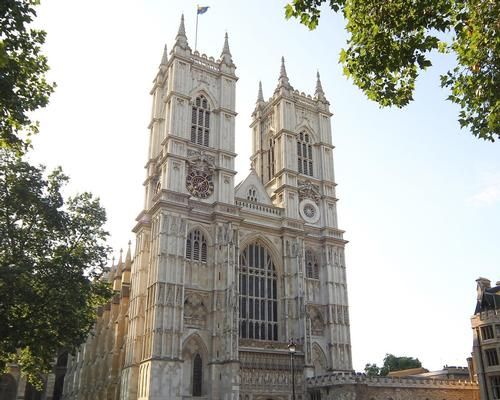 Westminster Abbey previously collected visitor feedback from on-site paper surveys and Trip Advisor reviews