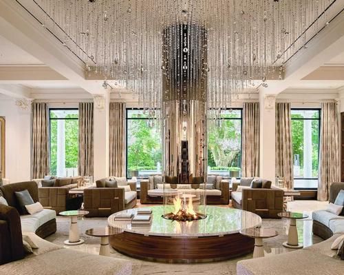 Swiss interior designer Claudio Carbone is responsible for the redesign of the Grand Hotel Quellenhof