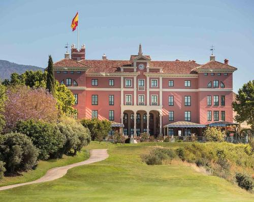 Located on Spain's Southern coast, Anantara Villa Padierna Palace has been designed by British architect Ed Gilbert