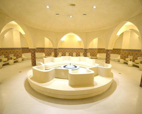 Built at the same time as the mosque, the hammams are inspired by tradition and have undergone a complete renovation