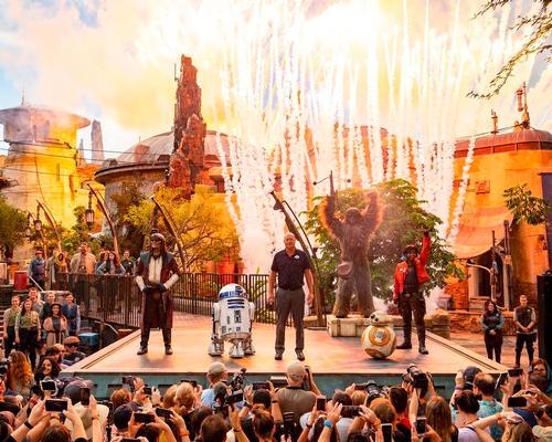 '10-hour queues a sign of failure' says Disney's Bob Chapek