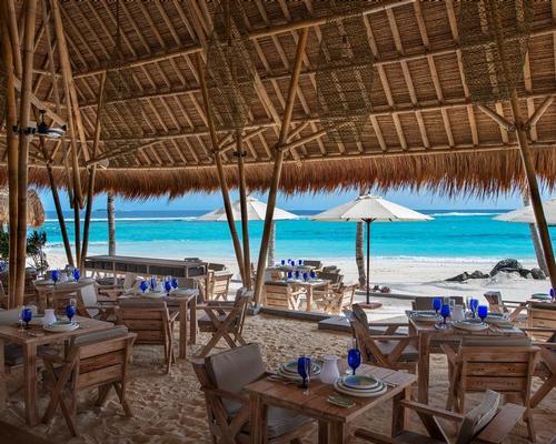 The Beach Club Grill. / ©R.Patti