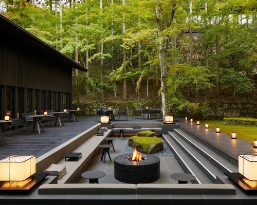 Traditional onsen bathing facilities, using the water from the spring, will deliver relaxation and healing