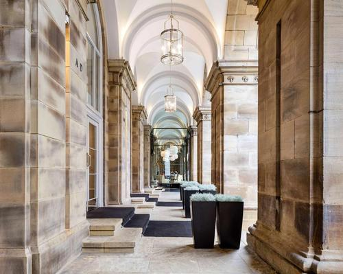 The hotel's revamp references the palazzo heritage of the building / Radisson