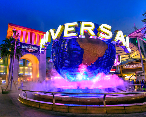 Universal revenue up as theme parks record earnings increase