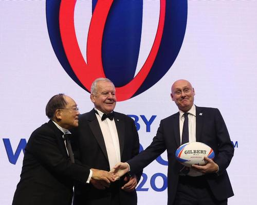 Beaumont (middle) has named French Rugby Federation president Bernard Laporte (right) as his vice-chair candidate